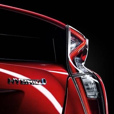 7 von 10 neuen Toyotas fahren mit Hybrid