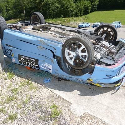 Verletzungsrisiko: Cabrios im Überschlagstest