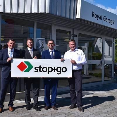 stop+go feiert den 50. Partner