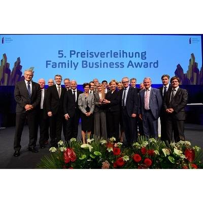 Fraisa SA gewinnt den Family Business Award 2016