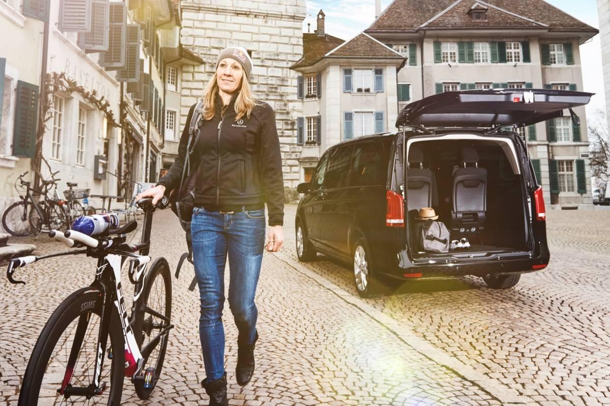 Profi-Triathletin Daniela Ryf ist neue V-Klasse Markenbotschafterin