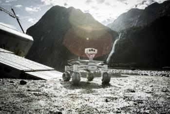 Mond-Rover Audi lunar quattro rollt durch den neuen «Alien»-Film