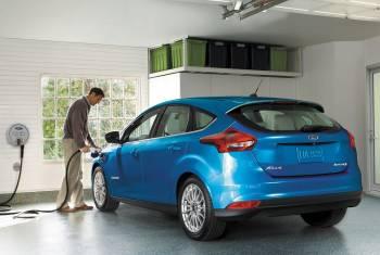 Der neue Ford Focus Electric: Weiter fahren, schneller laden