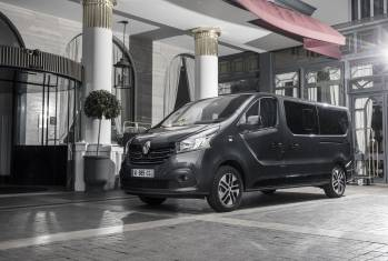 Renault Trafic SpaceClass: Haute Couture