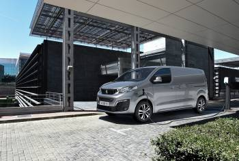 "Der Peugeot e-Expert ist ""International Van Of The Year 2021"""